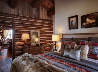 Luxury cabin ranch holiday in Wyoming