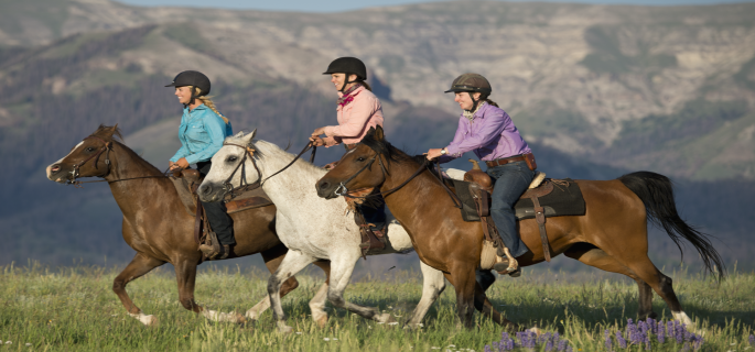 Bitterroot Ranch wyoming ranch holiday for experienced horse riders